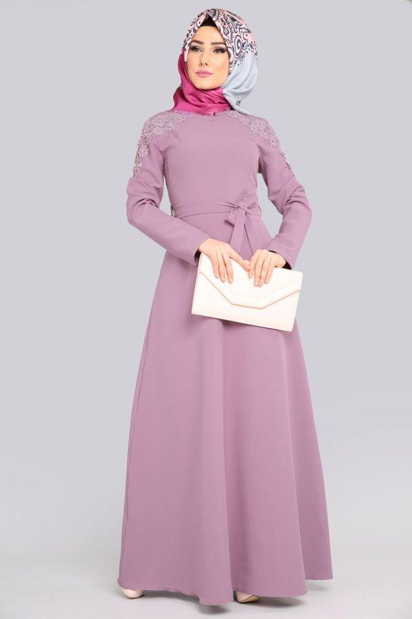 Tesetturlu Abiye Elbise Kollari Cicek Detayli Lila Tesettur Abiye Elbise 3946lila Tesetturisland Com Elbise The Dress Hijab Chic