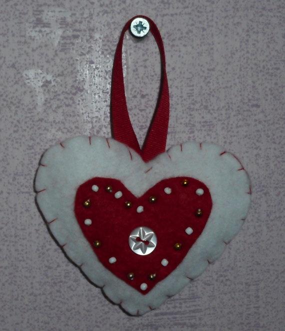 Handmade felt Valentine's heart hanging by ChrissiesCraftz on Etsy, £3.00