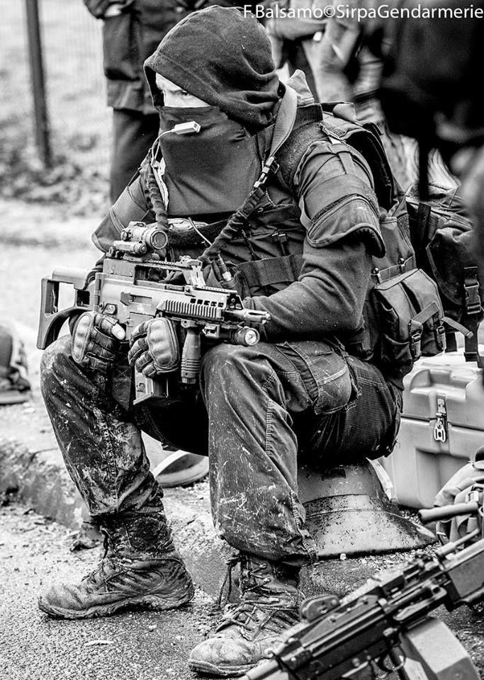 FIPN-SDLP Les gendarmes du GIGN en images - FIPN-SDLP