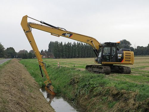 Image result for Cat 324E 60ft Long Reach