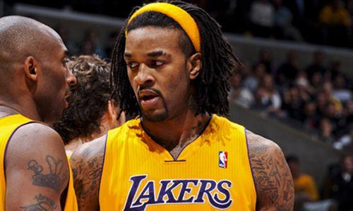 """Jordan Hill, az NBA-ben szereplő Los Angeles Lakers magasemberét sokkolta a hír, miszerint a játékosok és sok fanatikus is 12-iknek tippeli a Lakerst a Nyugati Konferenciában. Amikor Hill először hallotta a hírt, szabályosan sokkolta. Mark Medina információira hivatkozva, Jordan Hill szerint a Lakers a legjobb három között végezhet idén a Nyugati Konferenciában. """"Határozottan a legjobb […]"""