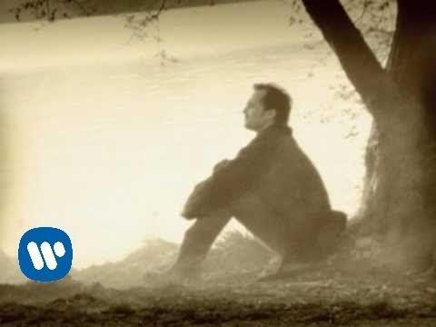 Miguel Bose - Se tu non torni (Video clip) - Serious Brian Ferry...