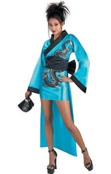 """Changez de continent en choisissant la location du costume de Chinoise Dragon Lady bleue !  Idéale pour vos soirées sur les thèmes """"régions du monde"""", """"lettre C"""", ou encore à l' occasion du carnaval !    Décollez pour le pays du soleil levant en choississant la location du déguisement de la Chinois Dragon Lady bleue !"""