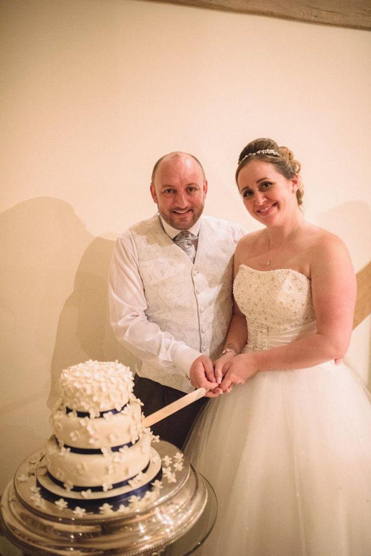 #CainManor #BijouWeddingVenue #BarnWeddingVenue #HampshireWeddingVenue #Wedding #NovemberWedding #WeddingVenue