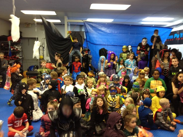 Halloween party at Deerfoot North! Our members had a blast!