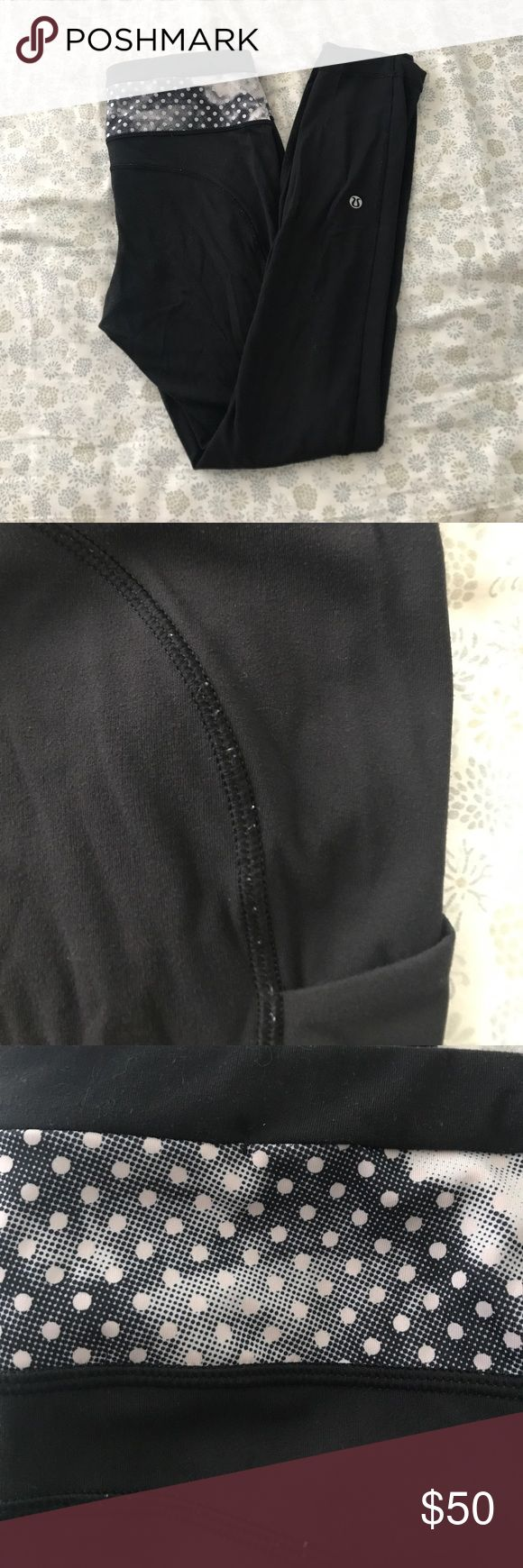 """Lululemon black leggings Cute pattern on waist band! Have been worn a few times but not significantly. Some pilling on seams as pictured. Small zipper pocket as pictured. Tag has been ripped out but you can see the size """"6"""" inside the back pocket. lululemon athletica Pants Leggings"""