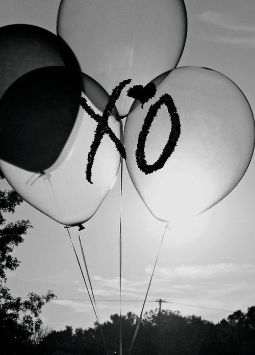 "ovoxo The Weeknd #OVOXO #OctobersVeryOwn #XOTiliOverdose♡<span class=""EmojiInput mj230"" title=""Black Heart Suit""></span><span class=""EmojiInput mj40"" title=""Heavy Black Heart""></span> c;"