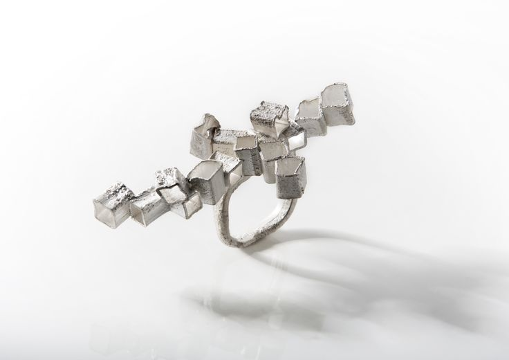 "Collection """"Deconstructing the Cube""  - Erato Kouloubi - ring ""deconstructing the Faith"""