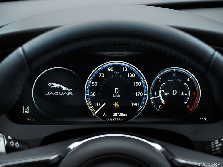 2017 Jaguar F-PACE Diesel Wallpaper
