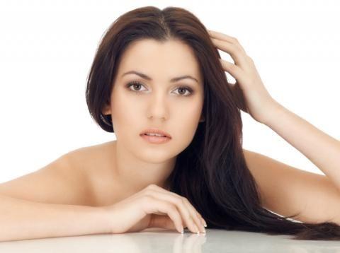 Sensible Kopfhaut  Fast jede zweite Frau leidet unter empfindlicher Kopfhaut. Da hilft oft schon der Wechsel zu sanfteren Pflegeprodukten.