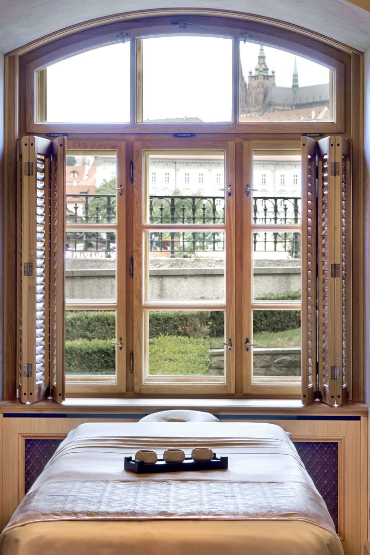 AVA Spa by Four Seasons - Treatment room with a view of the Prague Castle