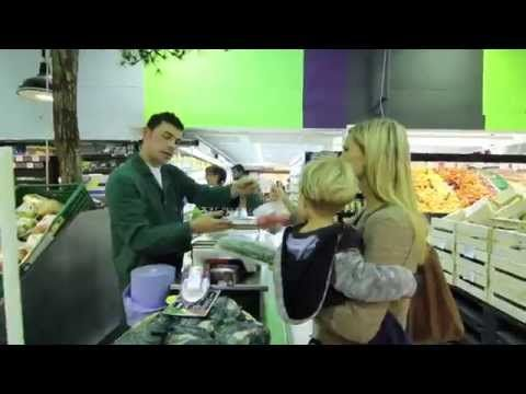 Au supermarché / At the grocery store (French) - YouTube