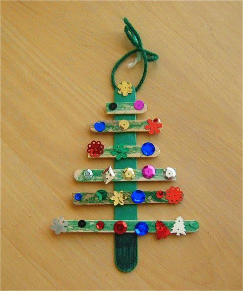 Christmas Tree Craft: Preschool/Elementary Holiday Craft