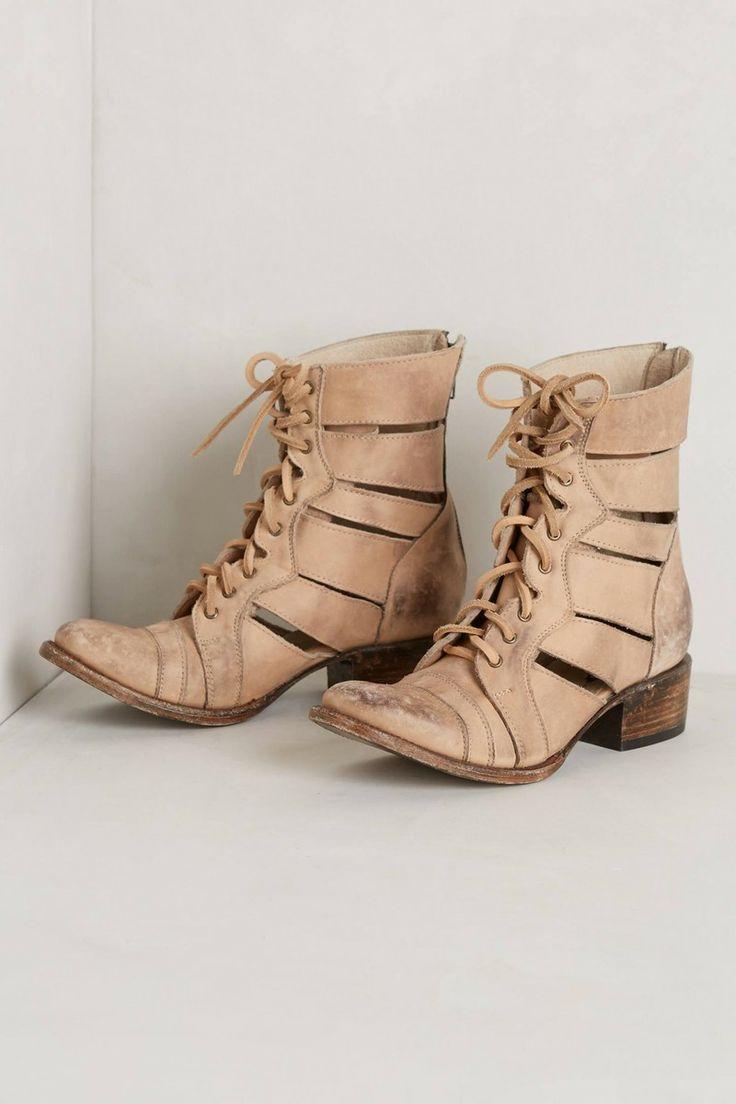 High Slat Boots