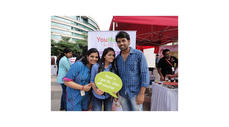 The two day Christmas Carnival event by YouMart, organized a food festival with gifts sharing and cake distribution etc from the organizers.