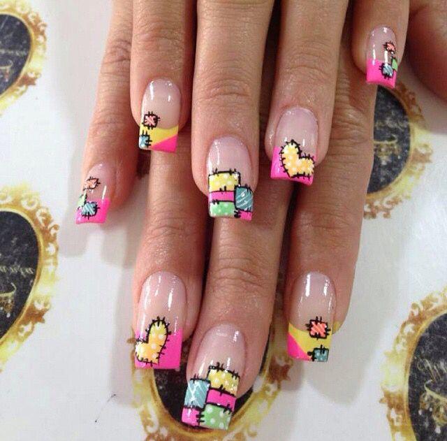 Diseño de uñas de AlmaSantaNails