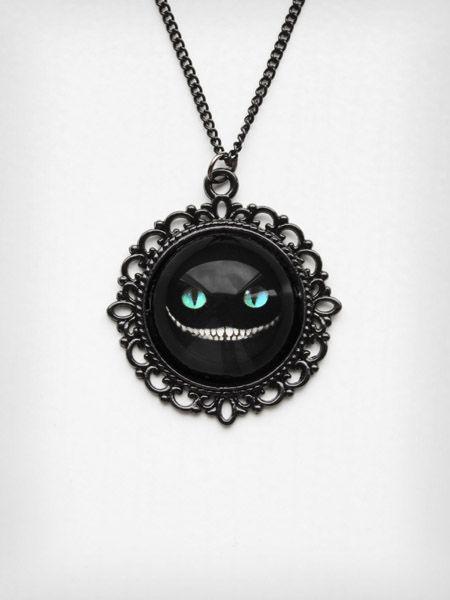 glovestar sklep wisiorek cheshire cat kot z kotem wonderland goth gothic gotycka biżuteria 1