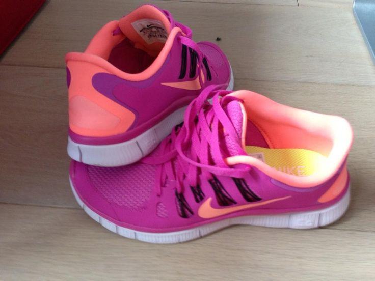 pink and orange nike free run 5.0