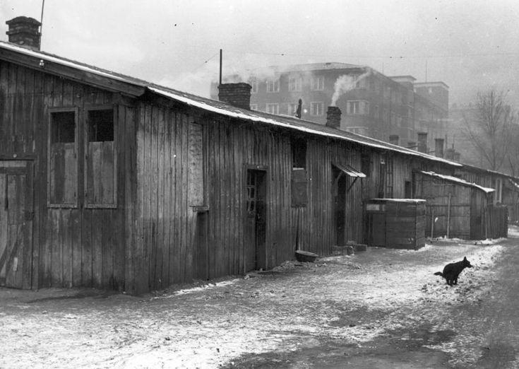 Zita-telepi barakk a Gyáli út - Könyves Kálmán körút - Üllői út által határolt területen, mögötte a Gyáli út 6. sz. Állami Ápolónő- és Védőnőképző Intézet.
