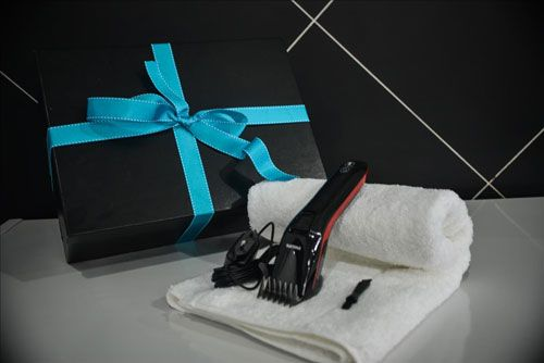 Phillips Hair Cut Gift Set Some men were born to be barbers while other try. If your dad is the kind of man that likes to cut his own hair then spoil him this Father's Day with a gift that will save your dad a trip to the barber shop while saving you a trip to the gift shop.