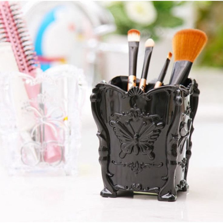 Retro Acrylic Butterfly Carved Desktop Cosmetic Storage Organizer Clear Jewelry Lipstick Brush Container Makeup Box Case S452