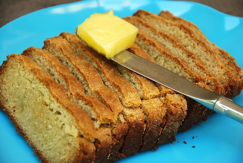 Grain-Free Sandwich Bread | Uses almond  tapioca flours  2 eggs