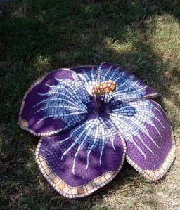 gorgeous!Doran Blog Spaces, Mosaics Art, 256 299 Pixel, Mosaics Ideas, Katrina Doran Blog, Mosaics Flower, Purple Flower, Mosaic Art, Stained Glasses