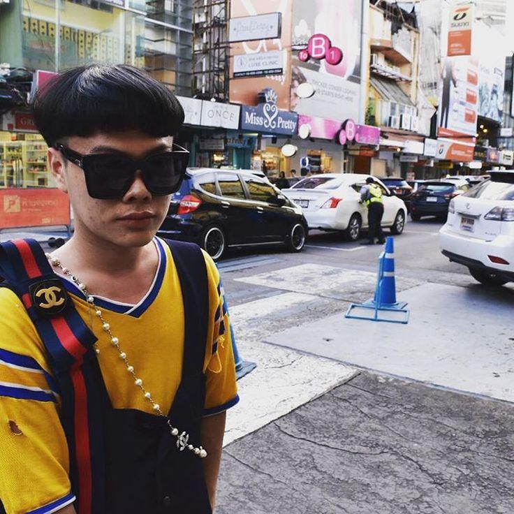 いいね!7件、コメント1件 ― Green Import Avenueさん(@cut_out_bangkok)のInstagramアカウント: 「A#vintage #ally #allybag  #nixon #yolo #chanel#bangkok #fashion #fashionsnap #snap #emotionbkk」