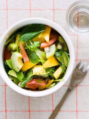 【ELLE a table】フルーツたっぷりグリーンサラダレシピ|エル・オンライン