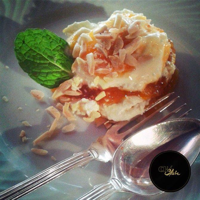 Deliciosa sobremesa de amêndoa. Delicious almond dessert.
