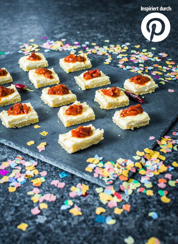 Rezept-Trends auf Pinterest zur #Silvester-#Party: Pikanter #Cheesecake mit Tomatenmarmelade