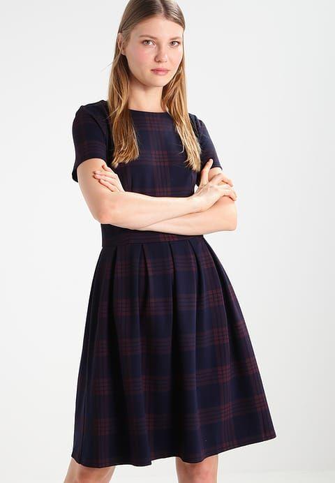 Zomerjurken mint&berry Korte jurk - dark blue/bordeaux Donkerblauw: € 41,95 Bij Zalando (op 29-9-17). Gratis bezorging & retour, snelle levering en veilig betalen!