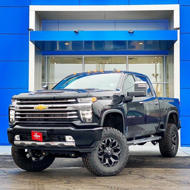 2020 Silverado 2500hd High Country With 5 Lift 20 Fuel Assaults 37 Nitto Trail Grapple In 2020 Chevy Trucks Silverado Chevy Silverado 2500 Chevy Silverado 2500 Hd