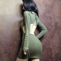 2017 verano muy sexy correas backless dress fuerte elástico pencil dress ejército verde high street cintura del imperio del o-cuello largo de la manga