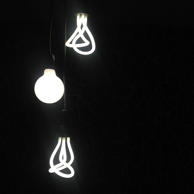 Instagram photo by @neo_arq (Neo Arq)   Statigram  Plumen Designer Energy Saving Light Bulb - http://www.plumen.com