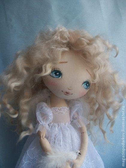 Интерьерная кукла Ангел-хранитель. Пусть и в вашем доме живет прекрасный Ангел-хранитель.       …