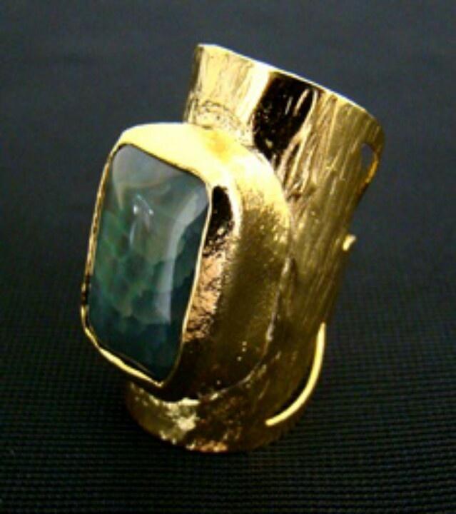 #gold #agata #trendy #fashionista