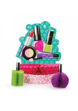 Sparkle Spa party tafeldecoratie Een leuk spa feestje met nagellak, lippenstift, maskertjes enz. Een echt leuk meidefeest. www.heelveelfeest.nl