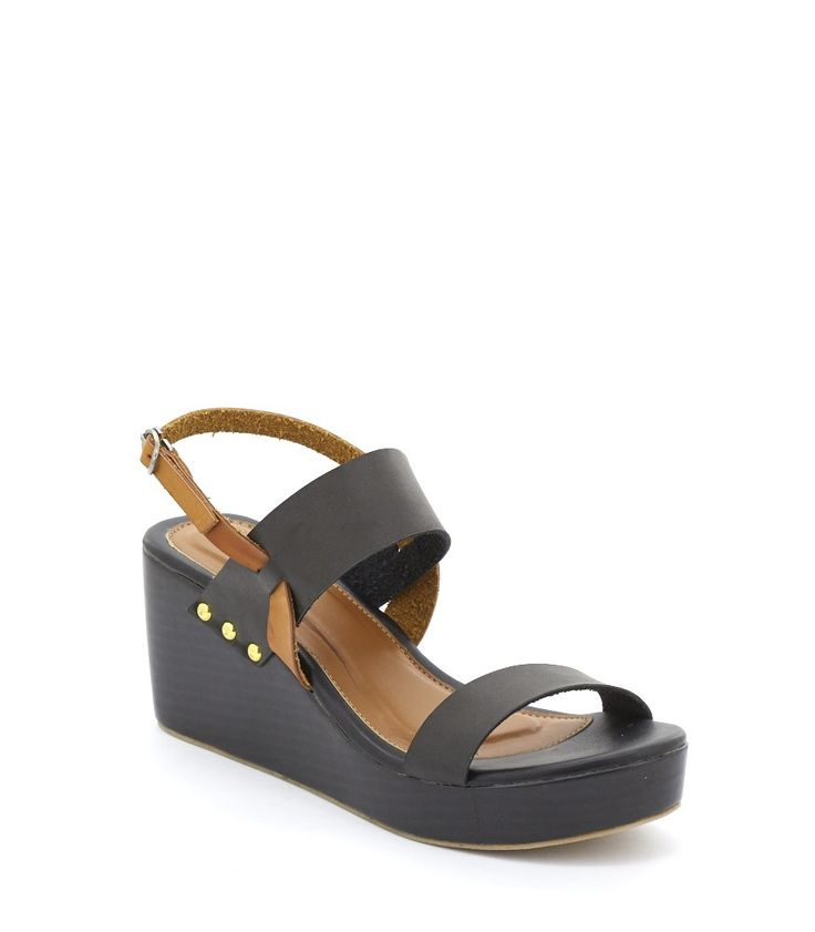 Wow! Look at this fabulous product! I've found at SophieParis.   http://www.sophieparis.com/id/index.php/women/shoes-sandals/betsy-sandal.html?color=430  #SophieParis