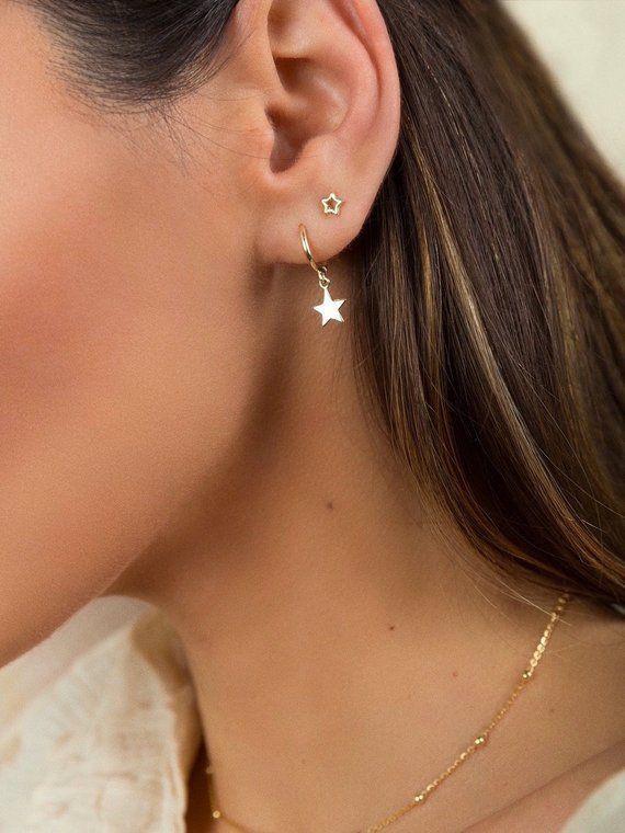 Star Creolen – Star Creolen – Golden Star Creolen – Kleine Creolen – Zierliche Ohrringe – Huggie Ohrringe – Gold Creolen – Kleine Creolen