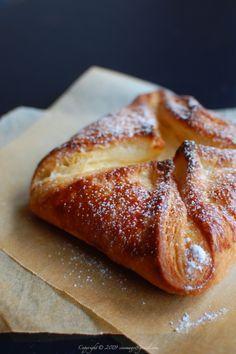 Túrós táska is a Hungarian pastry filled with quark cheese, lemon zest and raisins.