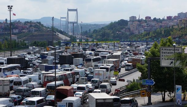 Traffic: since there are a lot of people living in turkey the traffic is like this.