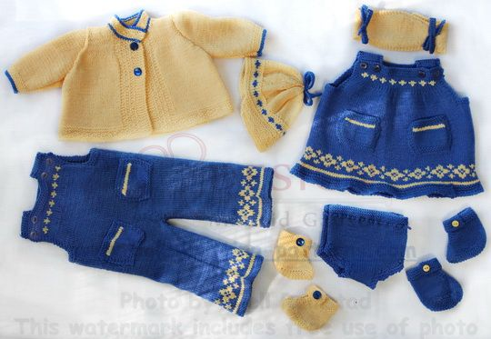Exquisite doll knitting summer outfit
