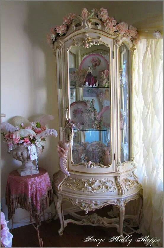 Curio cabinet in my front room. I am in love with it! - 140 Best ANTIQUE CURIO CABINET!!! Images On Pinterest Antique