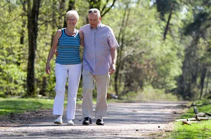 Прогулки под солнцем способны отсрочить рассеянный склероз... Датские медики провели исследования и установили, что прогулки и получение достаточного количества солнечного света способны отодвинуть появление симптомов такого страшного заболевания, как рассеянный склероз! Ученые из университета Копенгагена обследовали 1100 пациентов с рассеянным склерозом – хроническим заболеванием, поражающим миелиновую оболочку нервных волокон, ведущим к появлению разнообразных неврологических симптомов и…