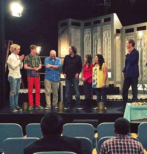 Why does the most amazing show ever have to end?!?!? I love you so much Ross, Laura, Raini, and Calum!!!