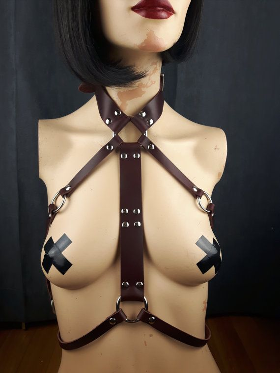 Harness Leather / Body Harness / Queen Oxblood by StarCreationsCa