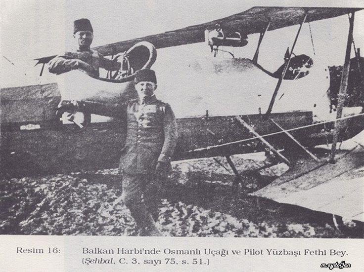 1913 yılında ilk gece uçunu ilk yapan plot yüzbaşı Fethi bey. Türk Havacılık tarihinde unutulmazları arasındadır.