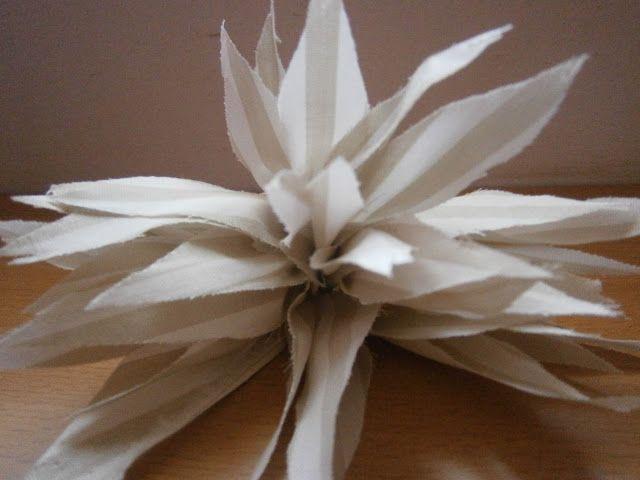 D.I.Y. Fabric Dahlia flower - Tutorial
