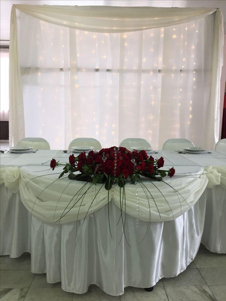 Krém fehér dekor bordó rózsákkal torokkativiragboltja.hu